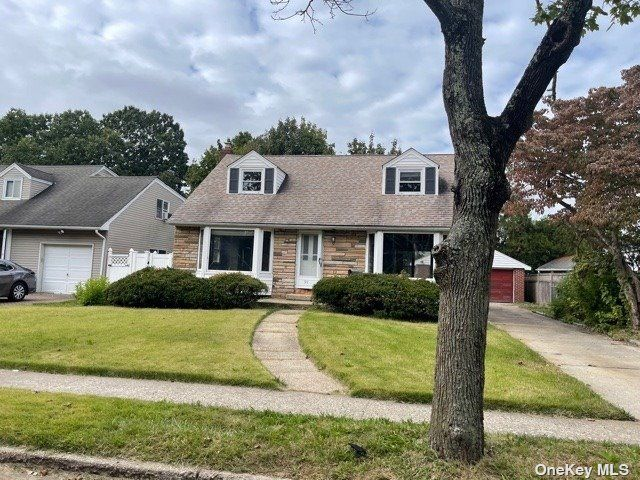 [East Meadow Real Estate, listing number 3199313]
