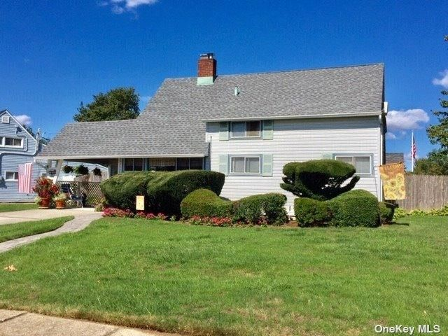 [Wantagh Real Estate, listing number 3199381]
