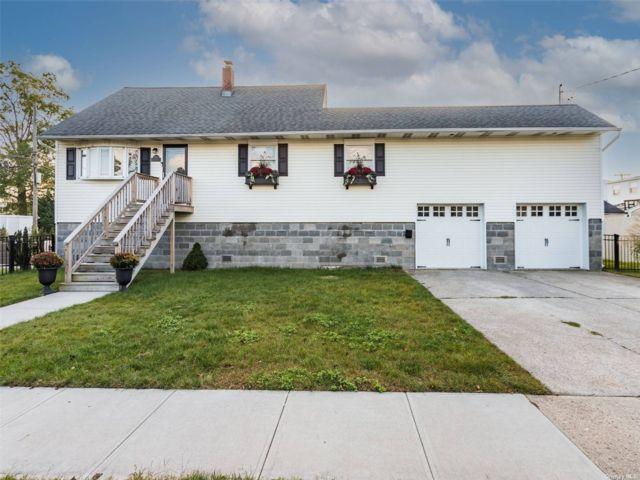 [Bellmore Real Estate, listing number 3199424]