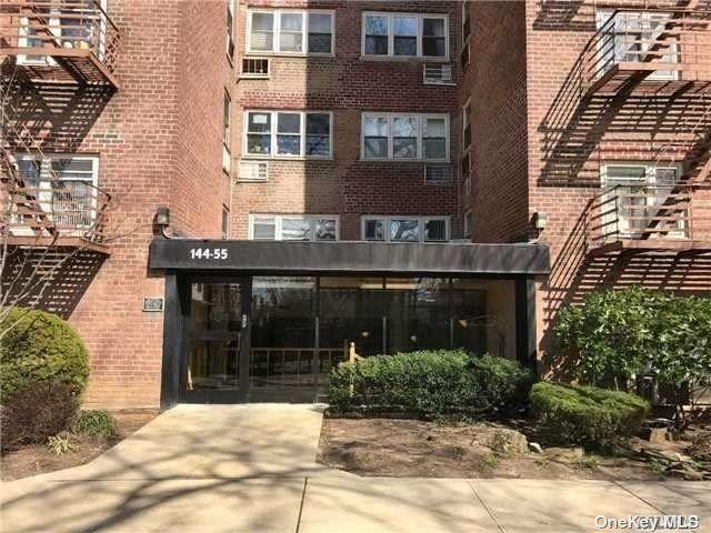[Flushing Real Estate, listing number 3199552]