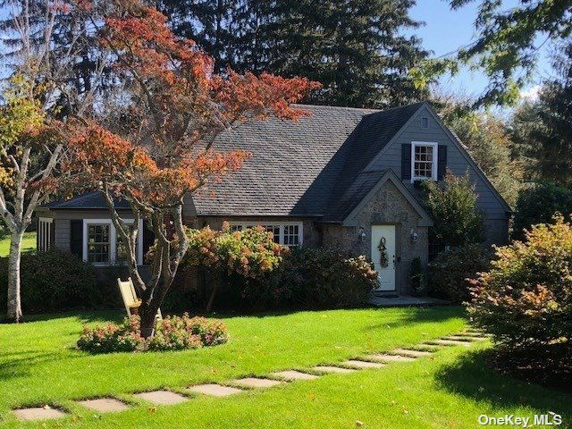 5 BR,  2.00 BTH Farm ranch style home in Northport