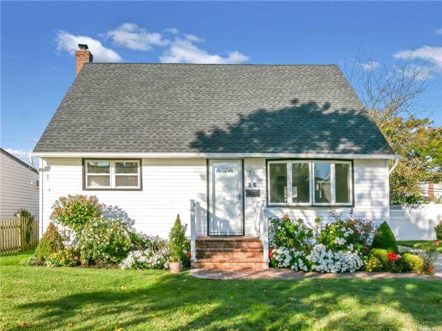 [Farmingdale Real Estate, listing number 3199759]