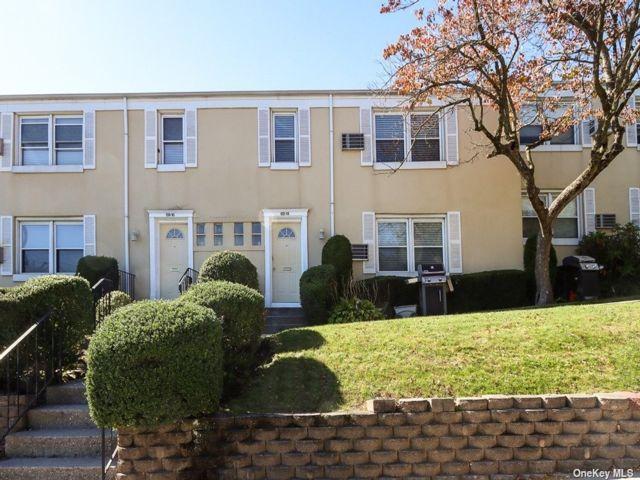1 BR,  0.00 BTH Garden apartmen style home in Bellerose