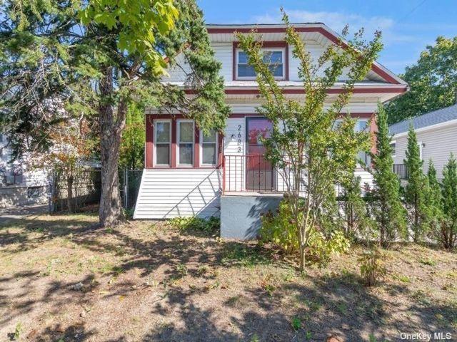 [Merrick Real Estate, listing number 3199876]