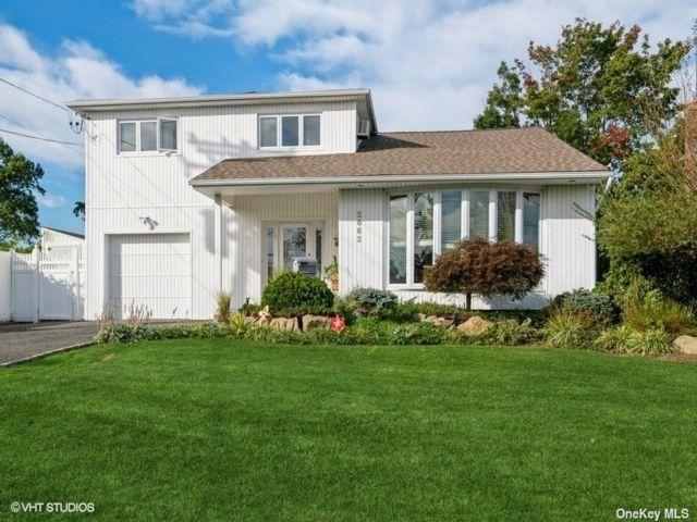 [Bellmore Real Estate, listing number 3199977]
