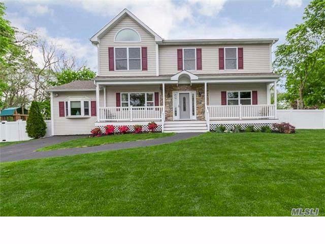 [Lake Grove Real Estate, listing number 4948114]