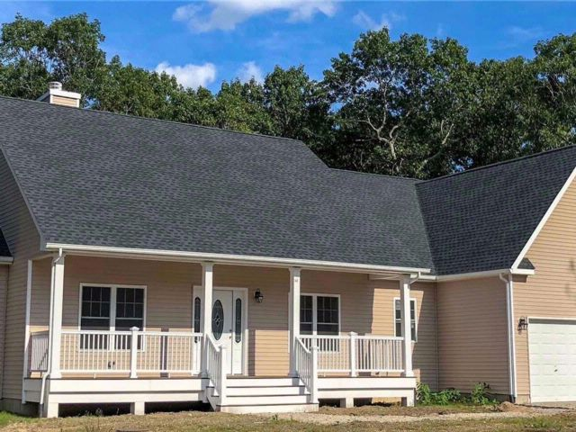 3 BR,  2.00 BTH Ranch style home in Baiting Hollow