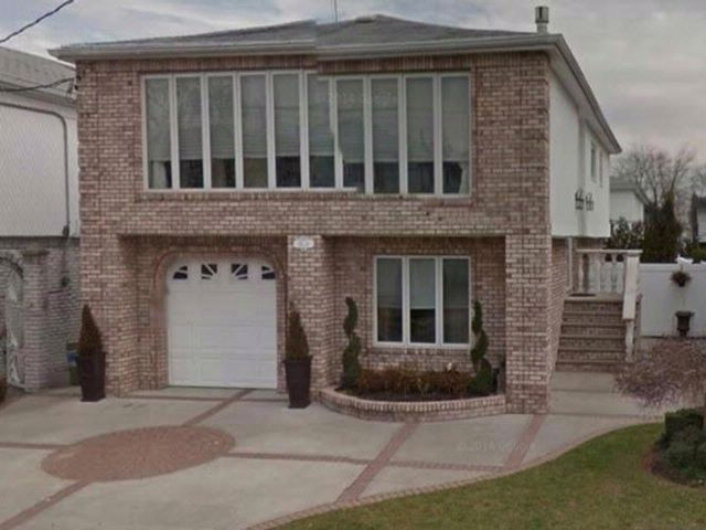 [Howard Beach Real Estate, listing number 4969493]
