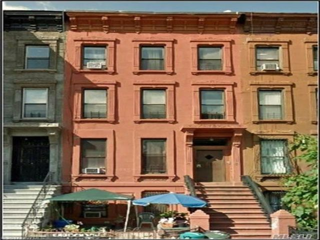 9 BR,  4.00 BTH  Other style home in Bedford Stuyvesant