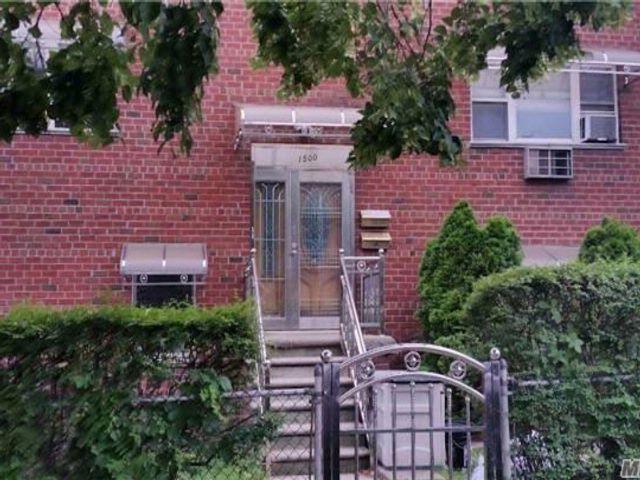 6 BR,  2.50 BTH Duplex style home in Baychester