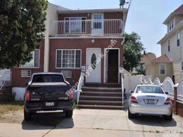5 BR,  2.50 BTH 2 story style home in Rosedale