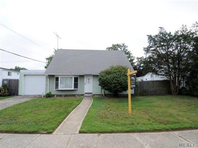 [Bethpage Real Estate, listing number 4989978]