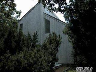 3 BR,  2.00 BTH Saltbox style home in East Hampton