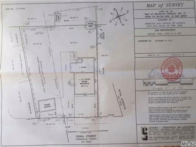 Lot <b>Size:</b> 35x103  Land style home in Bellerose