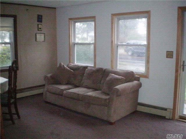 [Amityville Real Estate, listing number 4996113]