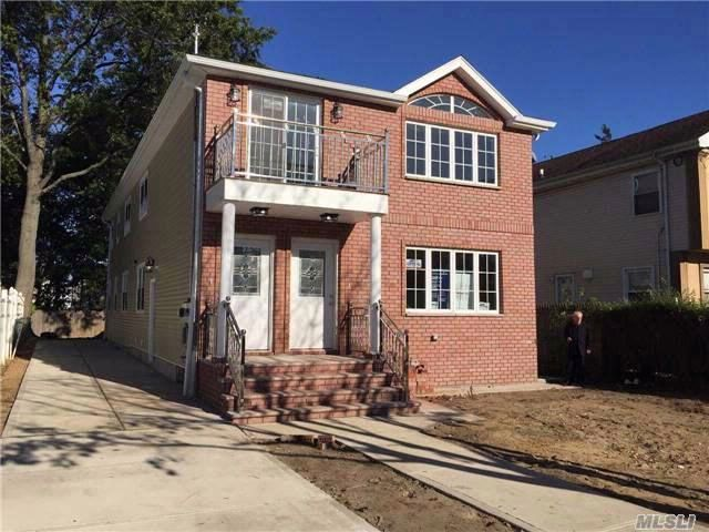 8 BR,  5.00 BTH  2 story style home in Rosedale
