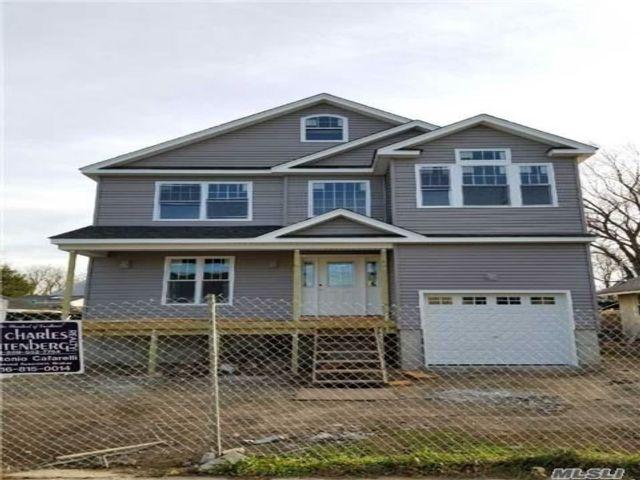 [Baldwin Harbor Real Estate, listing number 4998167]