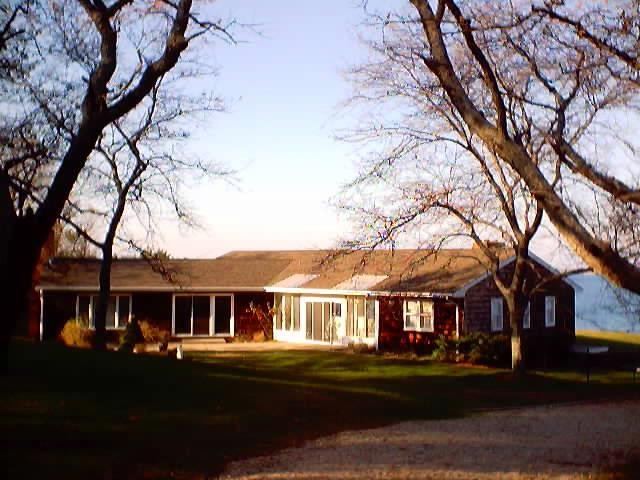 4 BR,  3.00 BTH Ranch style home in SHELTER ISLAND