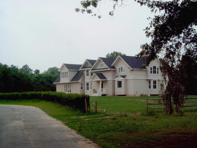 4 BR,  3.56 BTH Traditional style home in SHELTER ISLAND