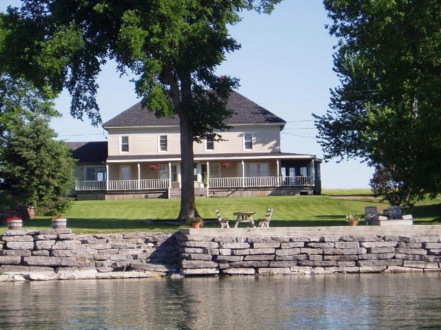 5 BR,  3.00 BTH Farm house style home in Cape Vincent