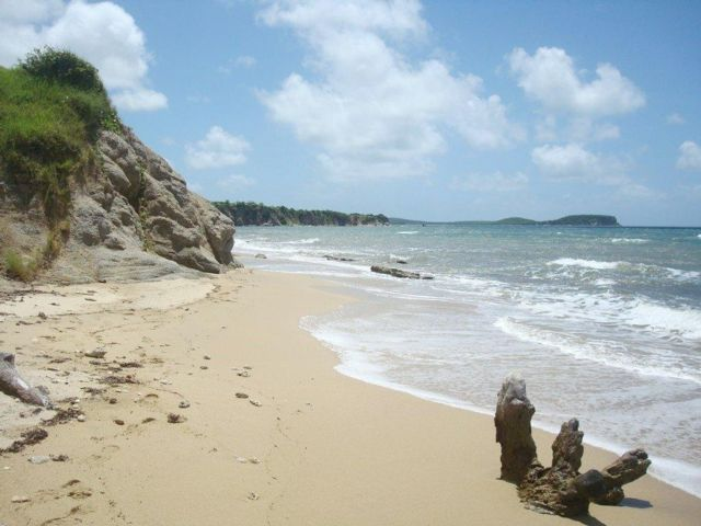 Lot <b>Size:</b> 12.6 acres  Land style home in Vieques