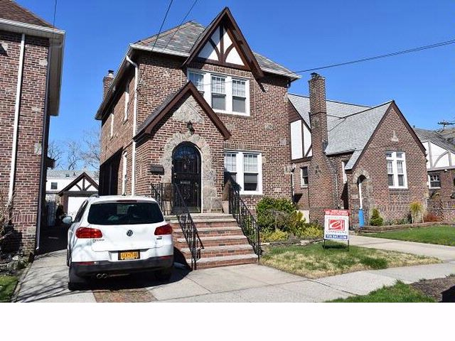 [HOWARD BEACH Real Estate, listing number 6114262]