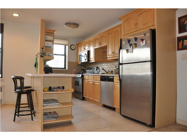 2 BR,  2.00 BTH  style home in SHEEPSHEAD BAY
