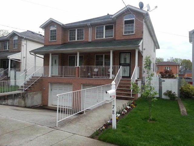 3 BR,  2.50 BTH  style home in Dongan Hills