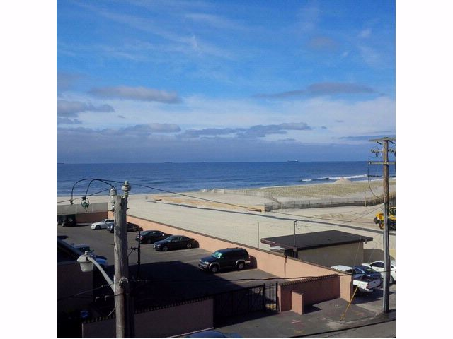 [LONG BEACH Real Estate, listing number 6215076]