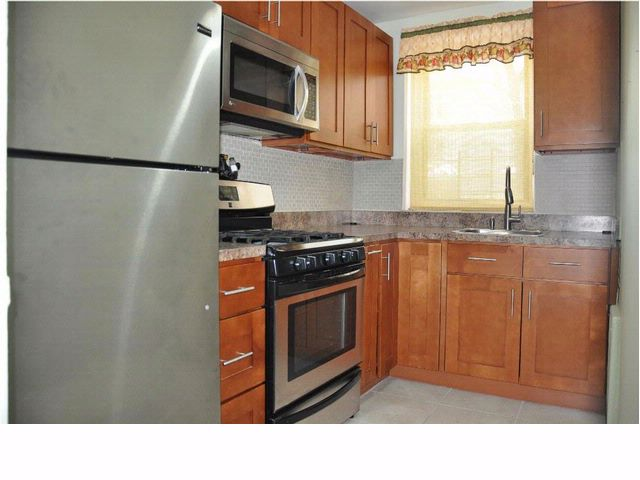 2 BR,  1.00 BTH  Co-op style home in BROOKLYN