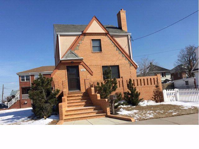 [Belle Harbor Real Estate, listing number 6499076]
