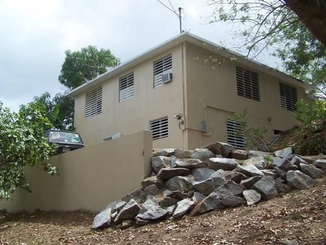 4 BR,  2.00 BTH  style home in Vieques