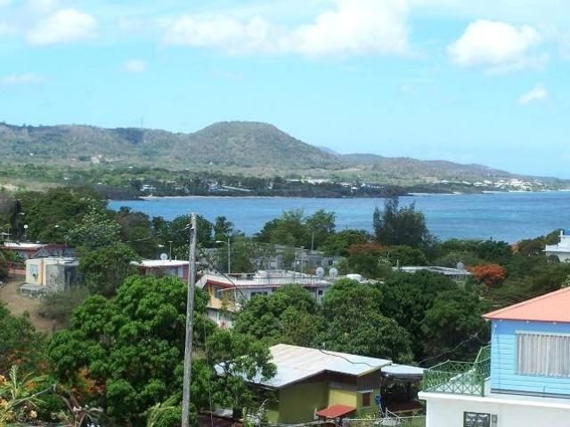 Lot <b>Size:</b> 1,189.25 sq mts  Land style home in Vieques