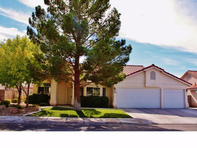 4 BR,  2.50 BTH  Contemporary style home in Las Vegas