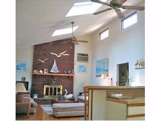 3 BR,  2.00 BTH Contemporary style home in Shelter Island
