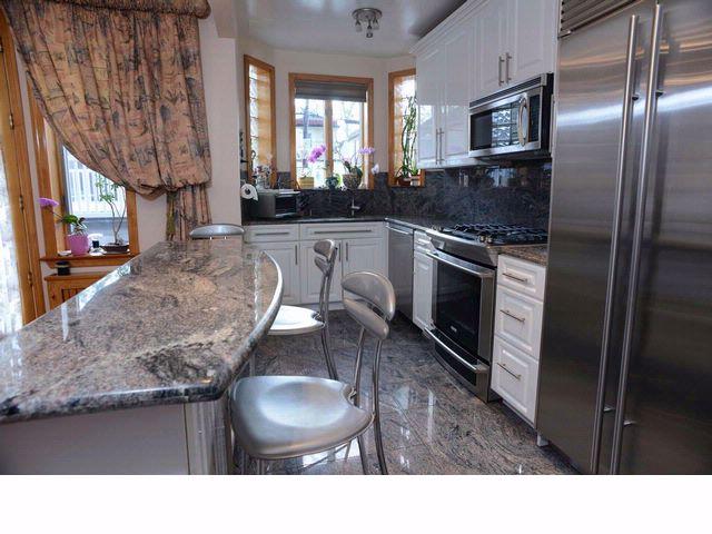 4 BR,  2.50 BTH  style home in Manhattan Beach