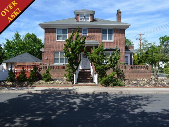 [Neponsit Real Estate, listing number 6684772]