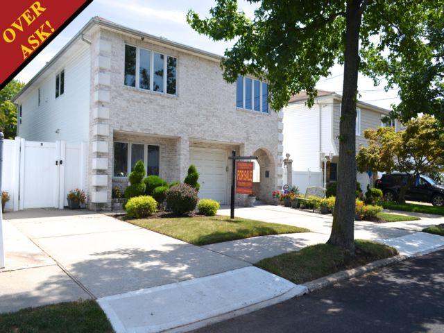 [Bulls Head Real Estate, listing number 6695630]