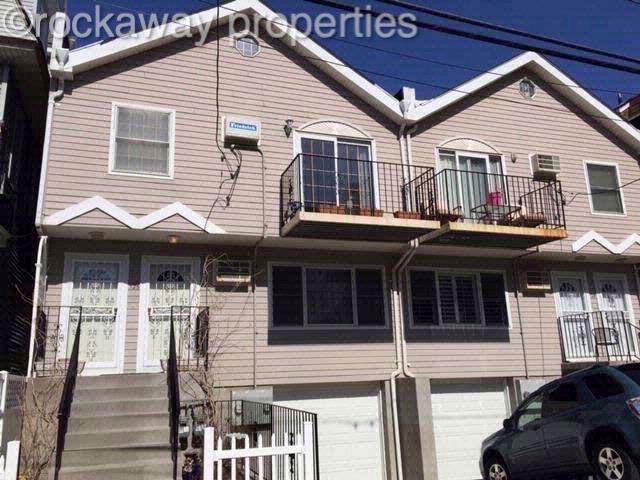 5 BR,  4.00 BTH  style home in Rockaway Beach