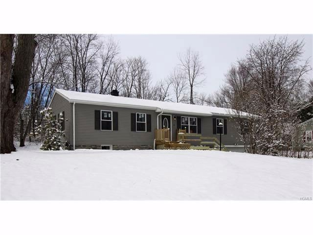 [Warwick Town Real Estate, listing number 6728316]