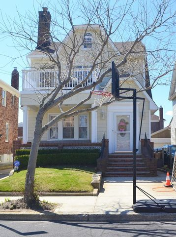 [Belle Harbor Real Estate, listing number 6735950]