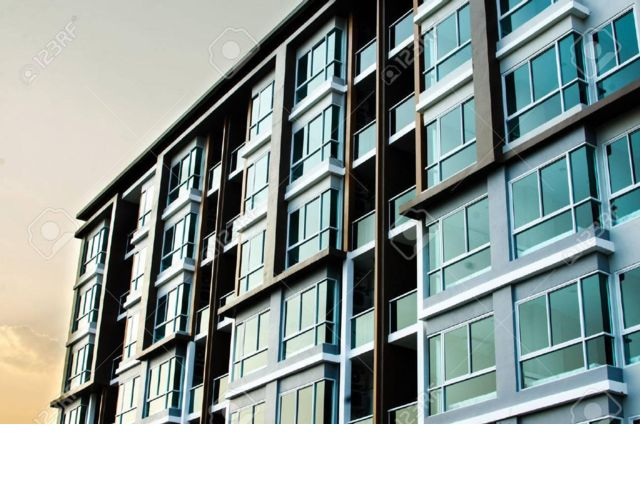 [Corona Real Estate, listing number 6736151]
