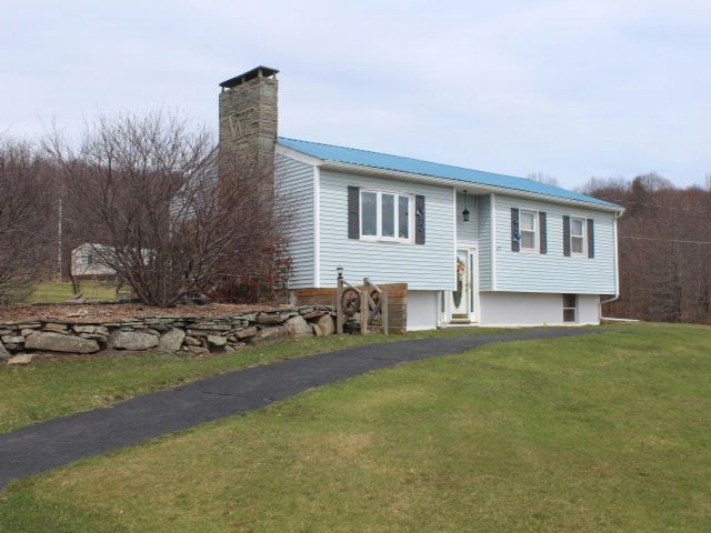 3 BR,  1.00 BTH  House style home in Livingston Manor