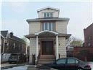 5 BR,  3.55 BTH Colonial style home in Brooklyn