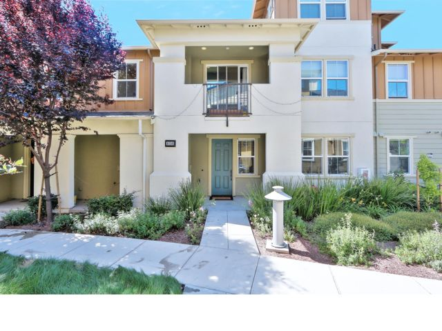 2 BR,  2.00 BTH Condo style home in Milpitas