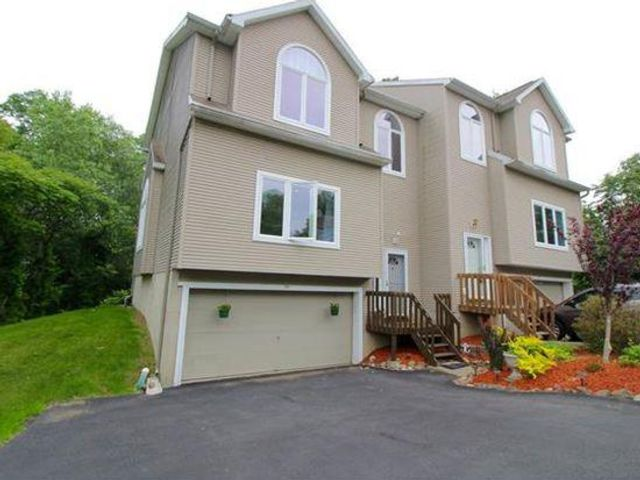 [Woodbury Town Real Estate, listing number 6751098]
