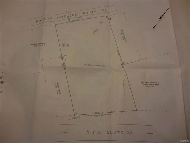 Lot <b>Size:</b> 0.9000 Land style home in Rosendale