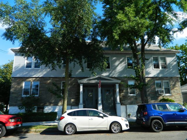 [Morris Park Real Estate, listing number 6757333]