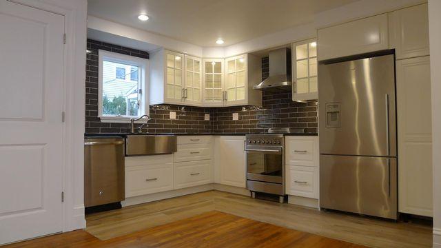 [Rockaway Beach Real Estate, listing number 6770470]