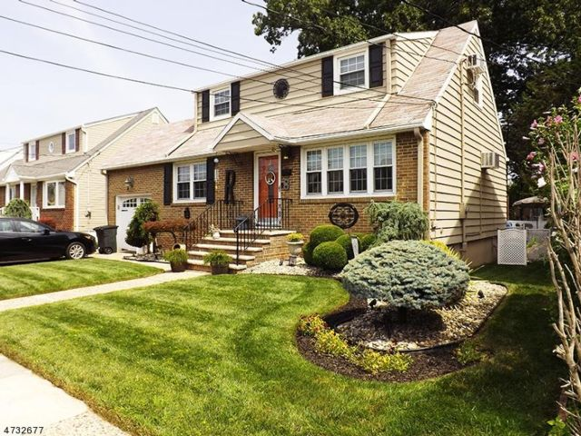 2 BR,  4.50 BTH  Cape style home in North Arlington